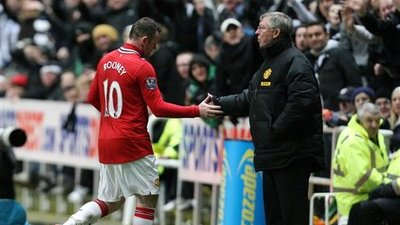 Wayne Rooney and Manchester United Deny Rumor Saying Rooney Will Be Sold in January