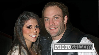 Report: Wes Welker Engaged to Anna Burns, Former Hooters International Model (Photos)