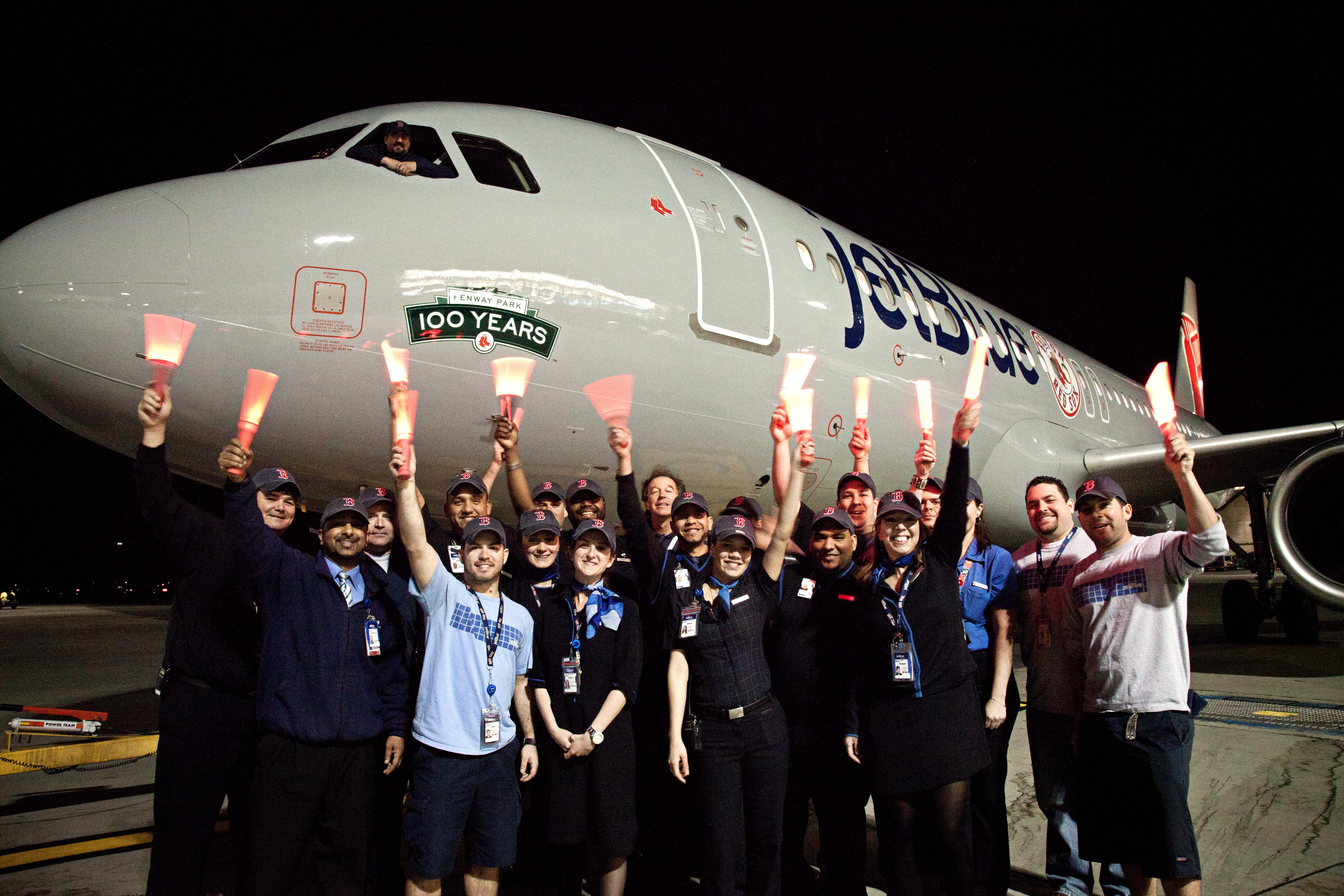JetBlue Celebrates Fenway Park's 100-Year Anniversary With Red Sox-Themed Plane (Photo)