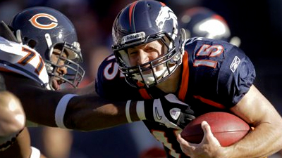 Tim Tebow More Than 'A Good Running Back,' But Not Yet a Good Quarterback, Either