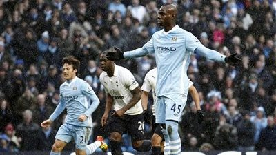 Mario Balotelli Banned Four Games for Kicking Scott Parker in Head (Video)