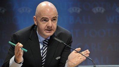 UEFA Monitors European Soccer Giants' Spending, Report £1.6 Billion in Losses