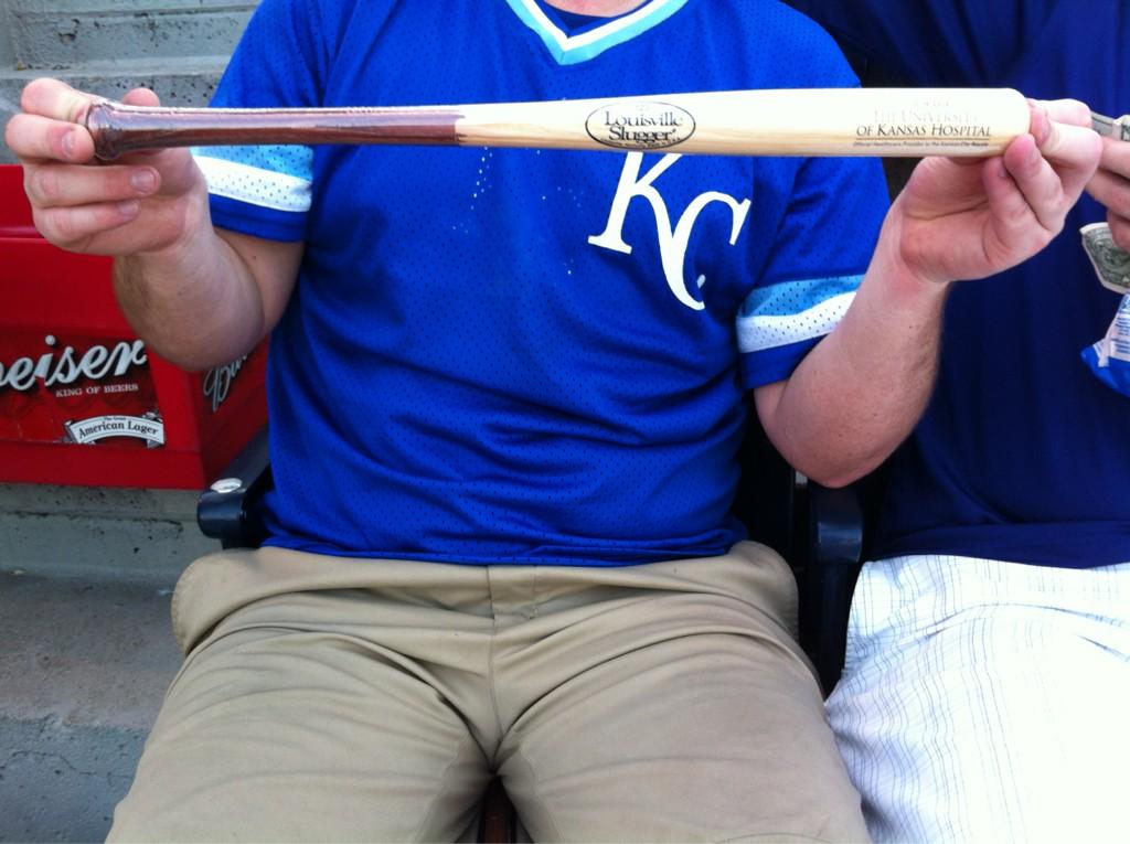 Kansas City Celebrates George Brett With Mini Pine Tar Bat Giveaway (Photo)