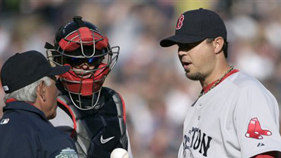 Bobby Valentine Says Josh Beckett Wouldn't 'Jeopardize His Team or His Season' With Golf Outing