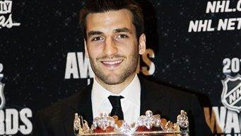 Patrice Bergeron Wins Selke Trophy at 2012 NHL Awards
