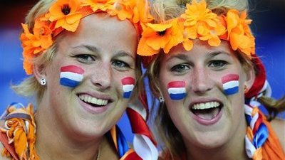 Euro 2012 Attracts Legions of European Beauties to Poland and Ukraine (Photos)