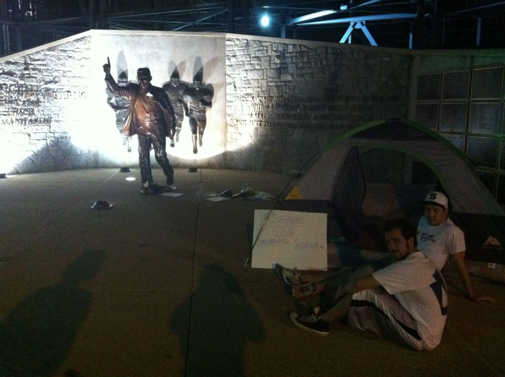 Penn State Students Camping Out in Effort to Guard Joe Paterno Statue at Beaver Stadium (Photo)