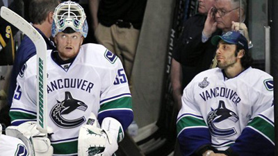Shielding Roberto Luongo From Pressure of Rematch With Bruins Could Hurt Vancouver in Long Run