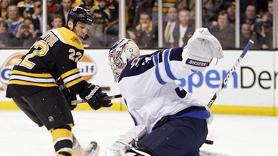 Shawn Thornton Marks Memorable Night at Garden With First Penalty Shot, Bout With Old Buddy Mark Stuart