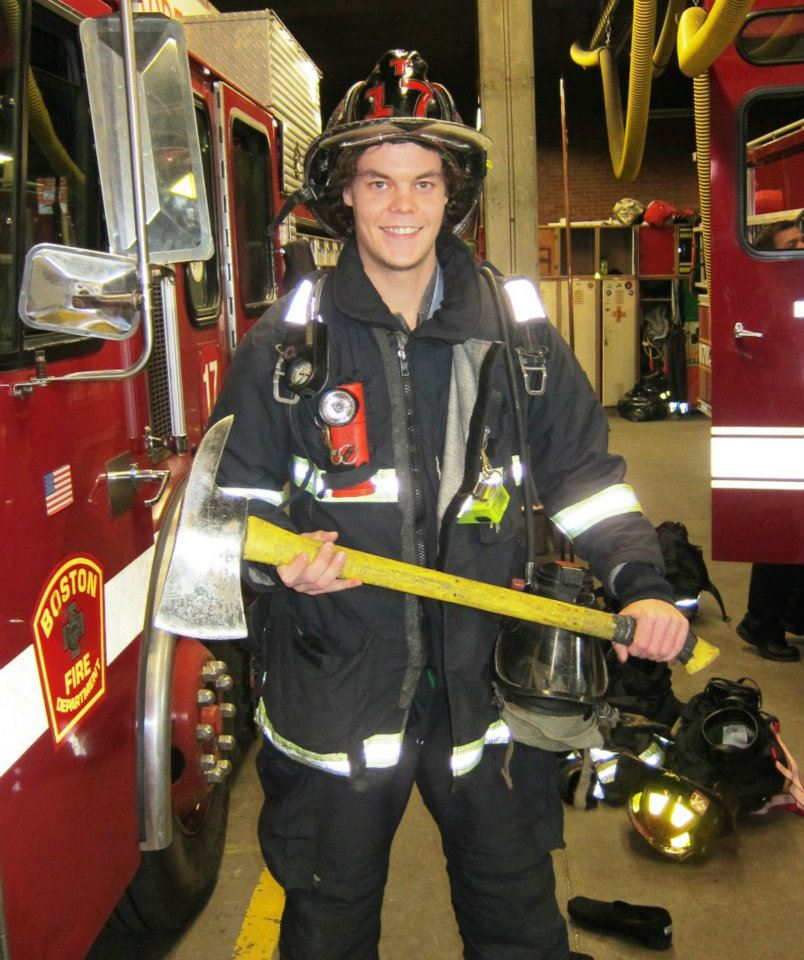 Tuukka Rask Dresses Up As Boston Fire Fighter in Support of Muscular Dystrophy Association (Photo)