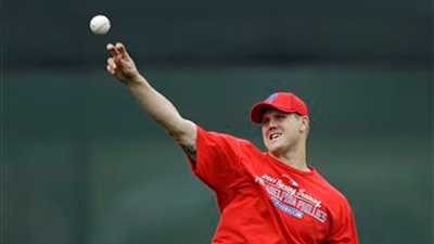 Jonathan Papelbon Clarifies Comments About Boston Fans, Says He Wasn't Trying to Offend Anybody