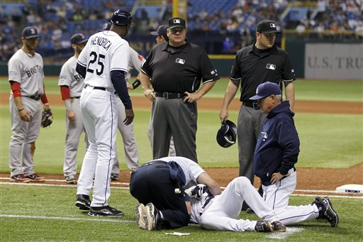 Will Rhymes Faints on Field After Being Hit by Pitch (Videos)