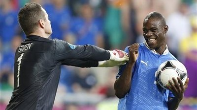 Mario Balotelli Answers Critics, Racists With Wonder-Goal in Italy's Win Over Ireland (Video)