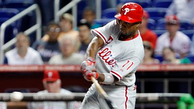 Jimmy Rollins Doesn't Run Hard to First Base, Then Chirps Fan on Twitter After Game