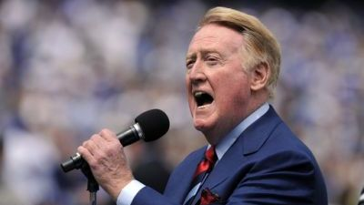 Vin Scully Commits to 64th Year in Broadcast Booth After Dodgers Get New Ownership, Swing Huge Trade