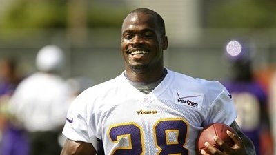 Adrian Peterson's Status Still Up in Air, But Running Back Says He's 'Ready to Play' Sunday