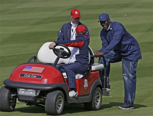 Michael Jordan Appears to Miss Golf Attire Memo at Ryder Cup (Photo)