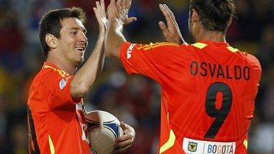 Lionel Messi and Daniel Osvaldo