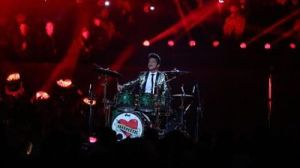 Bruno Mars Rocks The Drums, Crushes It With Red Hot Chili Peppers At Halftime Show (Photos, GIF)