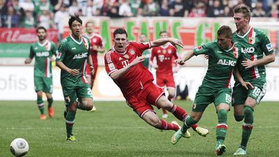 Pierre Hojbjerg Augsburg vs Bayern Munich