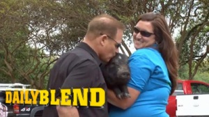 LSU Football Coach Les Miles Puckers Up, Kisses Pig For Charity (Video)