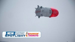 Budweiser Hockey Light Blimp Floats Aimlessly Through Canada Skies (Photo)