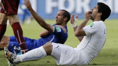 Luis Suarez and Giorgio Chiellini World Cup biting