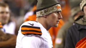 Johnny Manziel's Girlfriend Really Wants Browns To Let Her 'Bae' Play