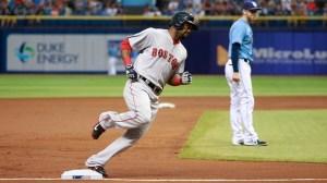 Alejandro De Aza's Major Contributions Keep Red Sox Rolling (Video)