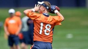 Peyton Manning Runs Ball At Practice, Draws Priceless Sideline Reactions (Photo)