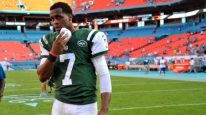 Geno Smith's Broken Jaw 'A Favor' To Jets Coaching Staff, Says Wikipedia