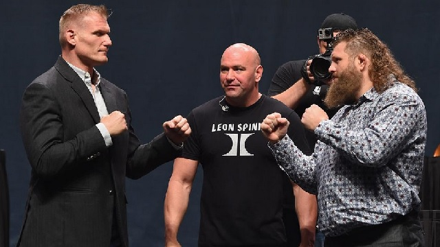 The UFC Fight Night Japan main event group