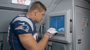 Rob Gronkowski Stars As JetBlue Flight Attendant In Funny Commercial (Video)