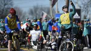 10 Best Photos From 2016 Boston Marathon, From Hopkinton To Boylston