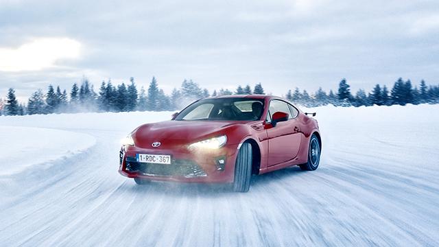 2017 Toyota 86, ice drifting