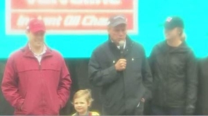 Larry Lucchino, Red Sox Wives Kick Off 35th Annual Jimmy Fund Scooper Bowl