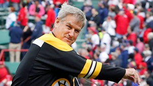 Don't Miss Bobby Orr On 'Charlie Moore Outdoors' For Fishing, Golf