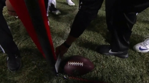Raiders-Cowboys Refs Actually Used A Piece Of Paper To Determine First Down