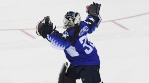 USA Women's Hockey Goalie Gets Awesome Wikipedia Update After Winning Gold