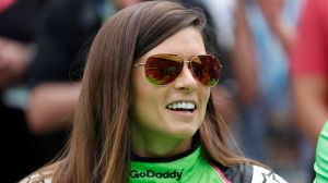 Danica Patrick Preps For Packers-49ers With Snow Angels And Instagrams