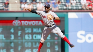 Watch Red Sox Star Xander Bogaerts Hit Game-Tying Home Run Vs. Blue Jays