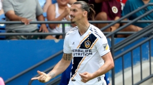 Zlatan Ibrahimovic Shown First MLS Red Card After Slapping Opponent