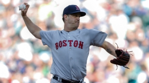Steven Wright Draws Tim Wakefield Comparison Due To Bullpen Adaptability