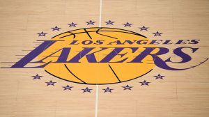 NBA Rumors: Lakers Players 'Symptom-Free' Of COVID-19, 14-Day Isolation Over