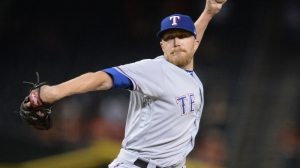 Diamondbacks' Jake Diekman Rides Bullpen Cart To New Team After Trade