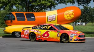 Matt Kenseth's Oscar Mayer Promo Is Painfully Bad, But Also So Good
