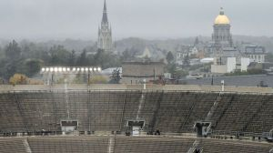 Indiana Rain Might Make Bruins-Blackhawks Winter Classic Sloppier Than Normal