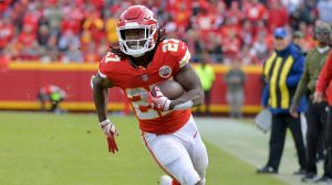 Kareem Hunt Seeks 'Forgiveness' For Assaulting Woman But His NFL Days Should Be Done