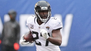 Jaguars' Leonard Fournette Has Perfect Addition To Latest Twitter Meme