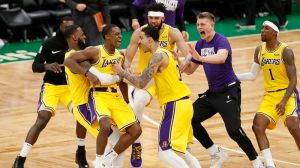 Rajon Rondo Becomes Lakers Hero In 'Surreal' Moment At TD Garden